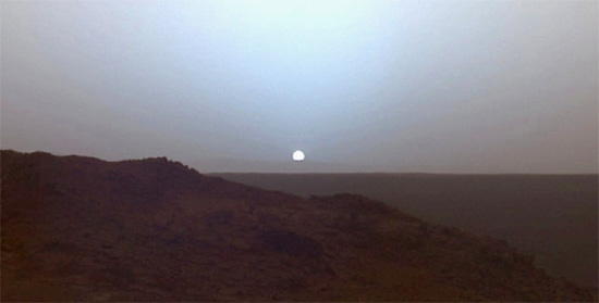 Sunset from Gusev crater on Mars. Credit: NASA/JPL/Texas A&M/Cornell