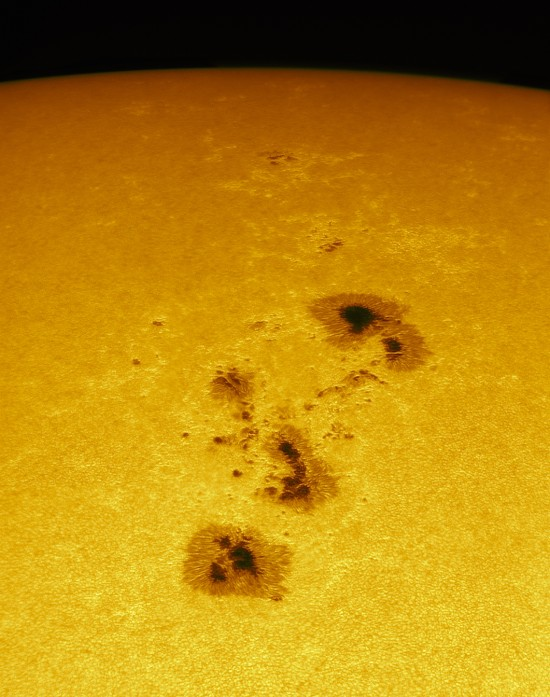 Sunspot group AR 2339 on May 10, 2015. Credit: Alan Friedman