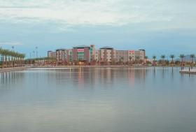 Sheraton Exterior lake