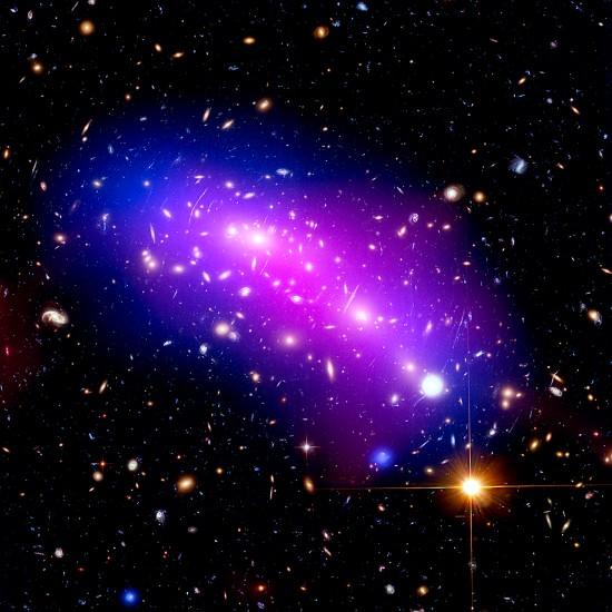 Frontier Fields image of galaxy cluster MACS J0416. Credits: X-ray: NASA/CXC/SAO/G. Ogrean et al.; Optical: NASA/STScI; Radio: NSF/NRAO/VLA